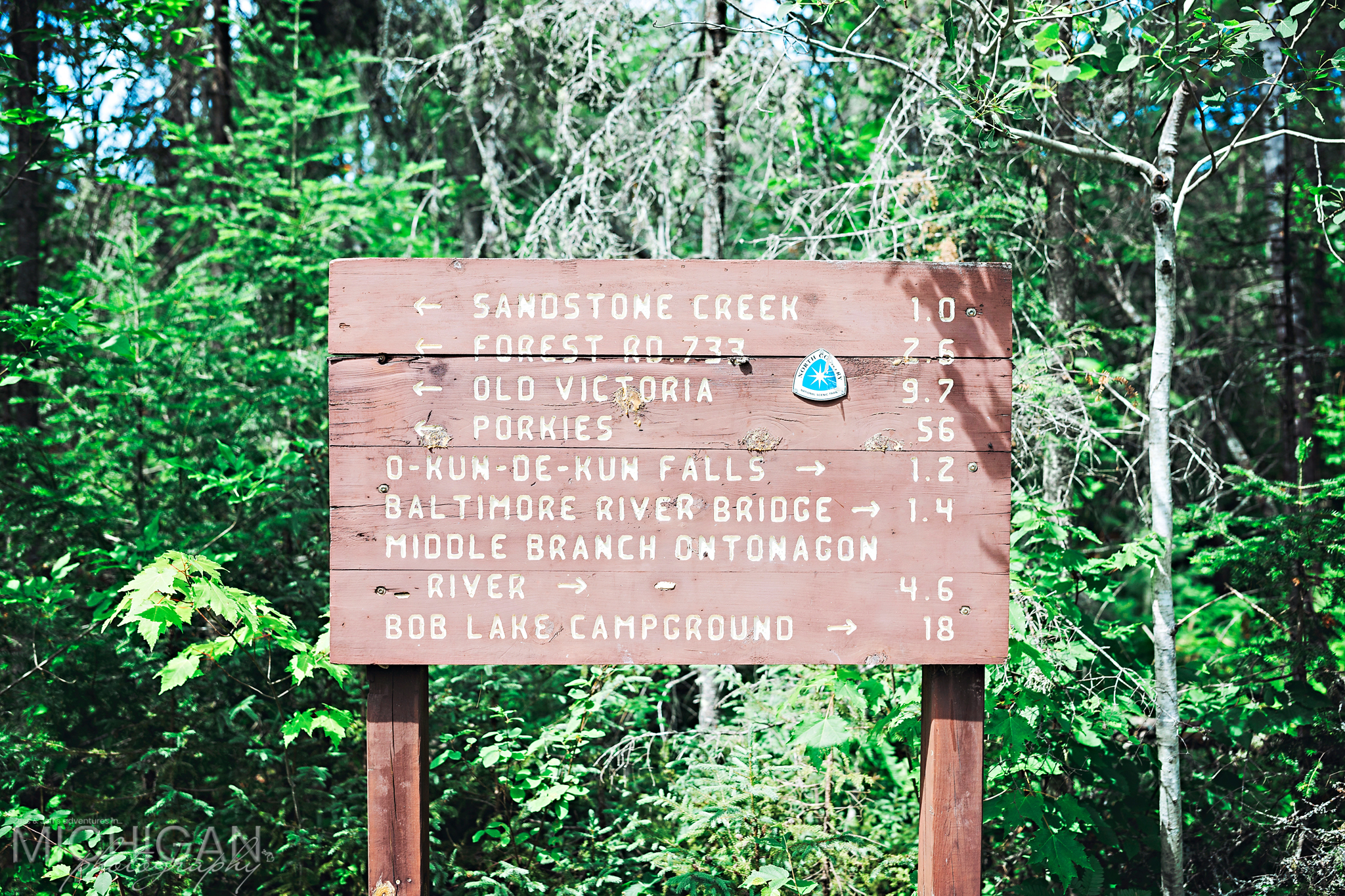 A trail sign at O Kun-de-Kun